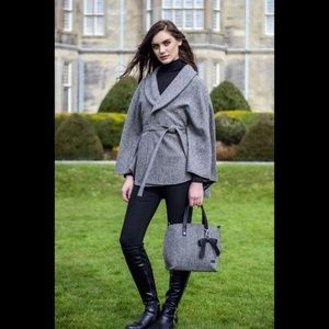 New Ireland Wool Cape Cloak Herringbone Gray Belt